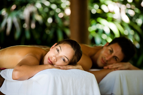 Romantic Couples Massage under the Stars